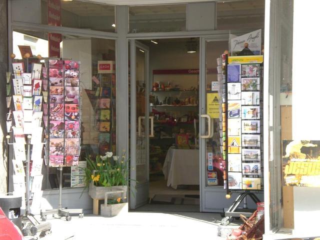 Der Eingang zur Alpha Buchhandlung in Mannheim