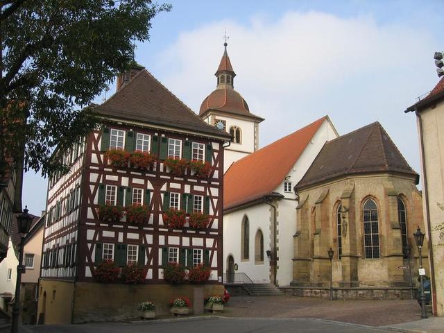 Faust-Museum und St.-Leonhards-Kirche