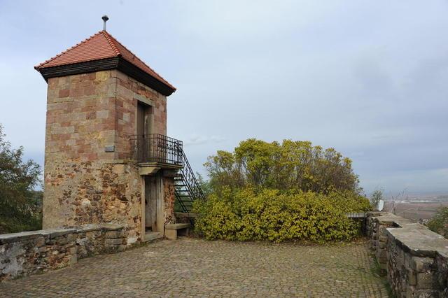 Aussichtsterrasse Burg Battenberg
