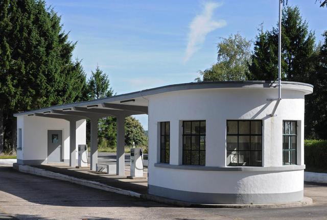 Die Belgische Tankstelle