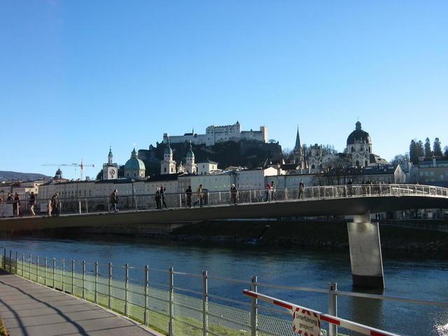 Blick auf Altstadt und Festung