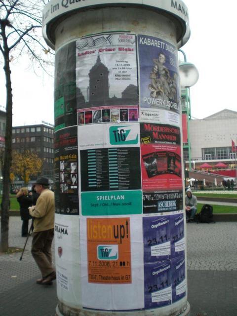 Kultursäule in Mannheim auf dem Paradeplatz