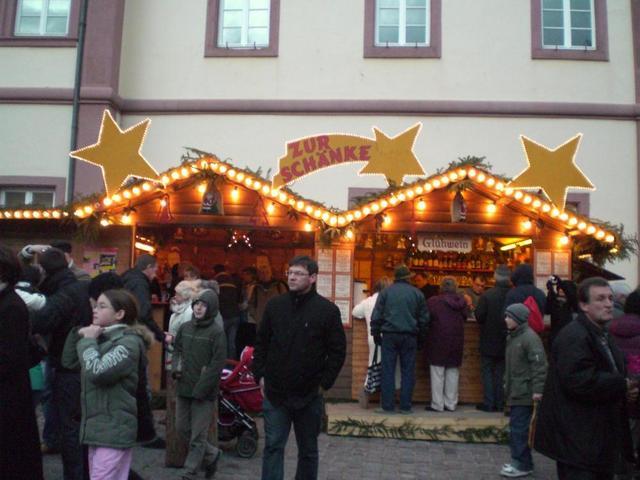 Büdchen am Neustadter Weihnachtsmarkt