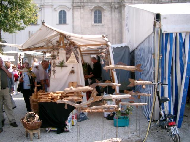 Passauer Wochenmarkt vorm Dom