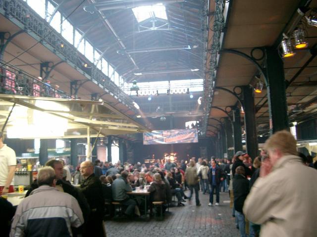 Jazz-Frühstück in der Fischmarkthalle