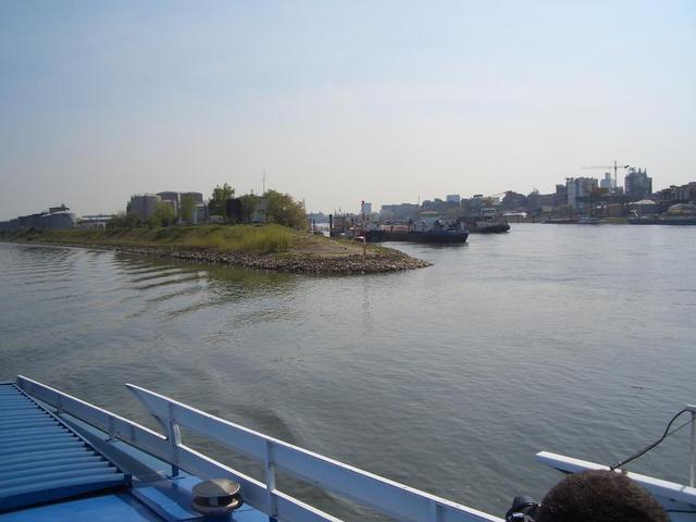 der Zusammenfluss von Neckar und Rhein bei Mannheim