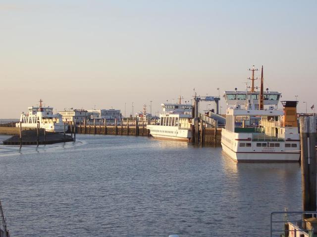 einige der Fähren ab Norden/Norddeich