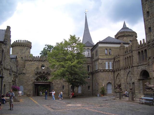 Innenhof der Löwenburg