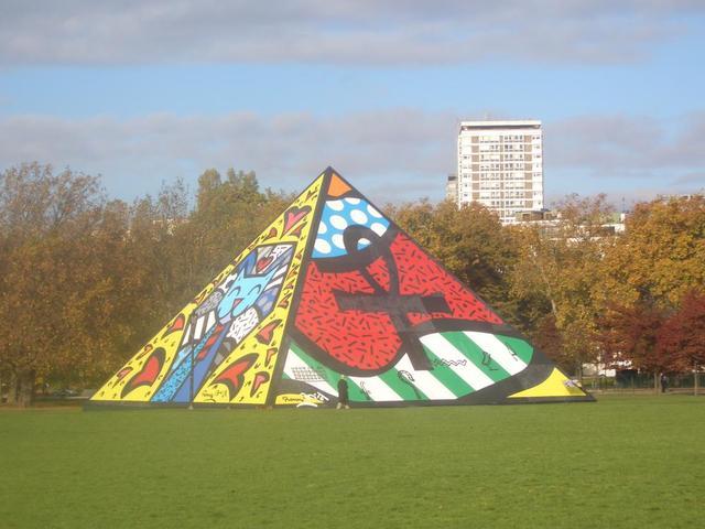 Kunstwerk im Hyde Park