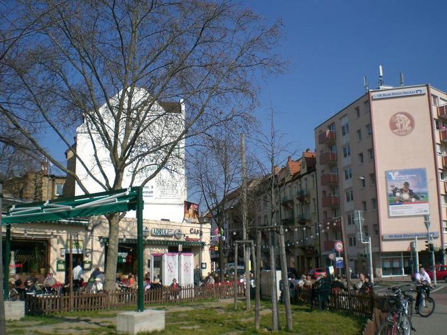 Straßencafés am Messplatz