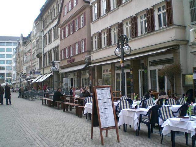 Die Calwer Straße in Stuttgart