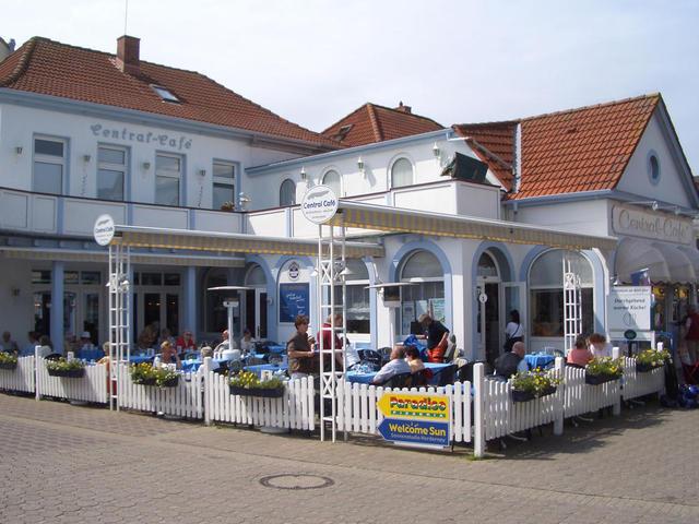 Das Central Café