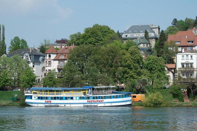 Restaurant-Schiff in Heidelberg