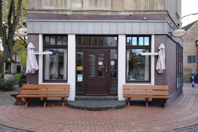 Das kleine Café am Johannikirchplatz