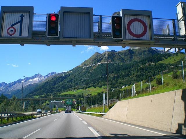 Sant Gotthard Tunnel