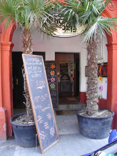 Der Eingang zum Flic Flac