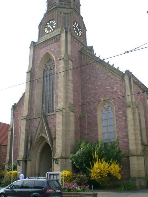 Die evangelische Erlöserkirche in Mannheim-Seckenheim