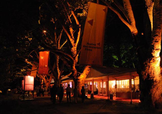Festival auf der Parkinsel