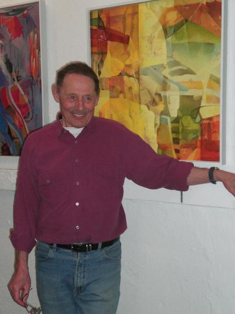 Der Mannheimer Maler Theo Schneickert in seinem Atelier