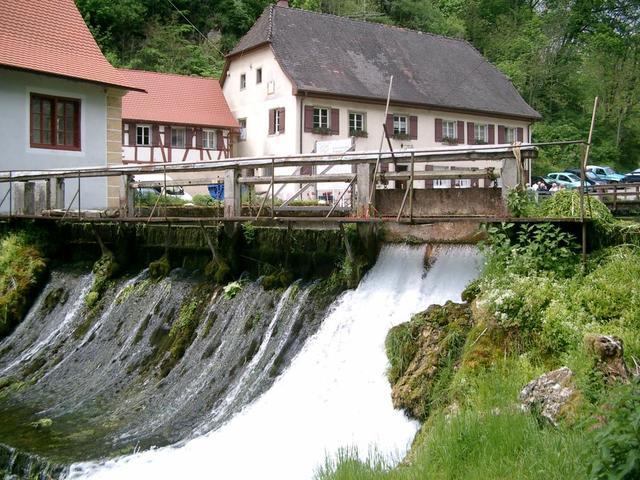Der malerische Gasthof Friedrichshöhle
