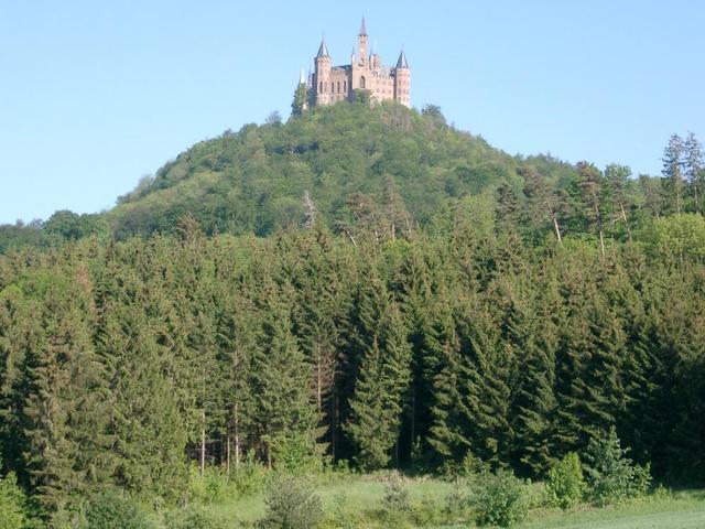 Hoch auf dem Berg: die Hohenzollernburg