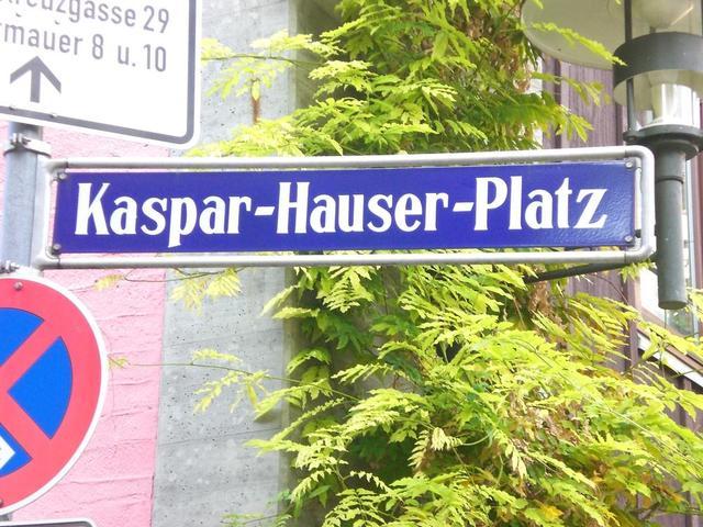 Der Kaspar-Hauser-Platz in Nürnberg