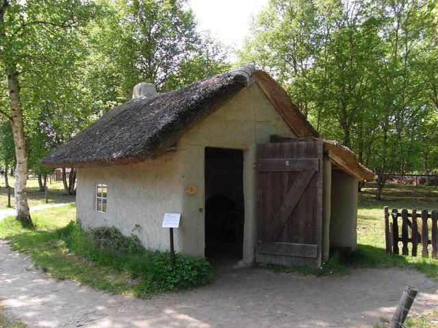 Kleine Lehmhütte