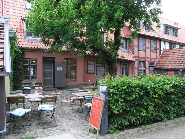 Der malerische Klosterhof in Rostock