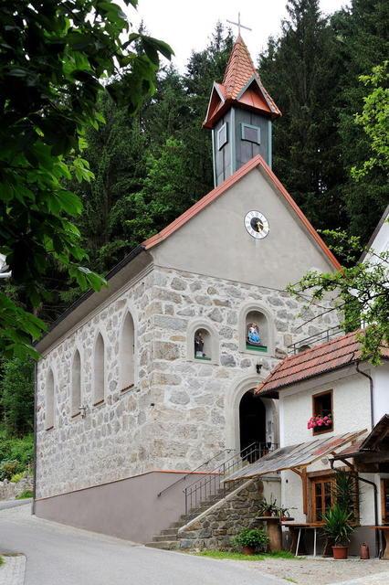 Dorfkirche in Kneiding