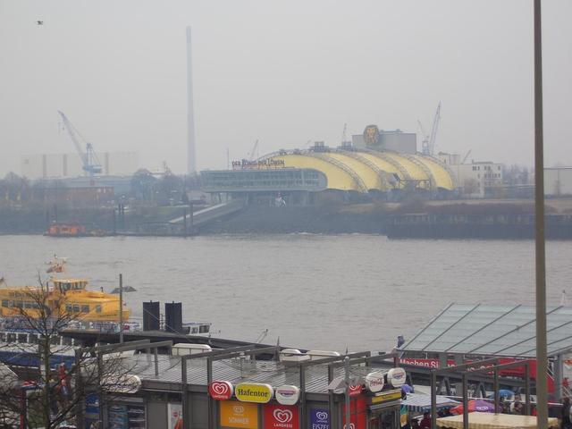Musical-Halle König der Löwen im Hamburger Hafen