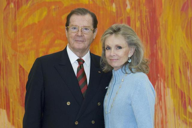 Roger Moore im Museum Brandhorst