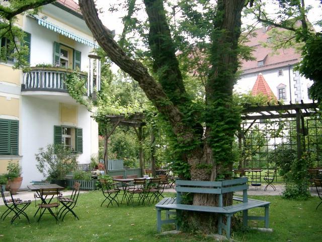 Der wunderschöne Gastgarten