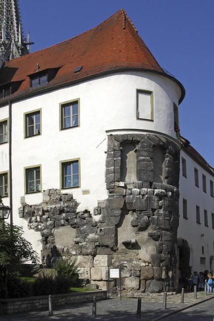 Die Porta Praetoria in Regensburg