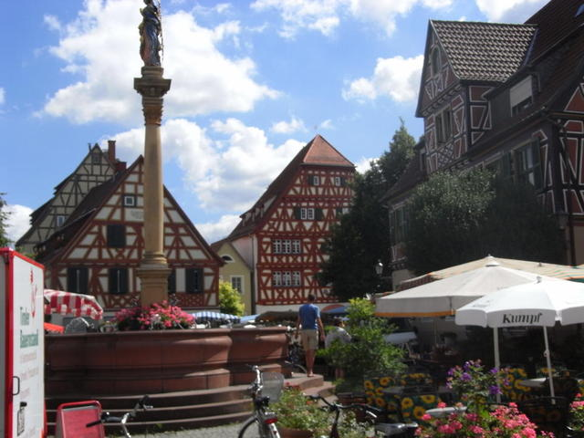 Panorama Ladenburger Wochenmarkt