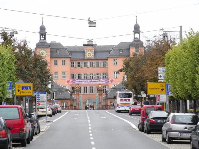 Schloss Schwetzingen, von der Stadt aus betrachtet