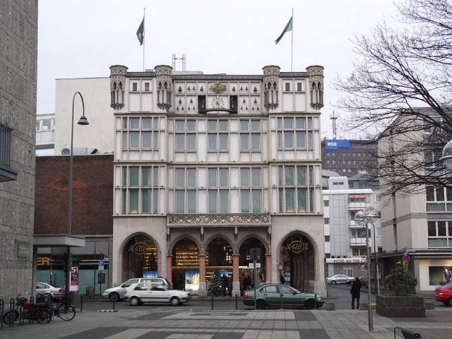 das Haus des Wunderwassers 4711 in der Glockengasse in Köln