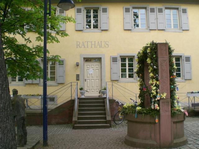Das Rathaus in Feudenheim