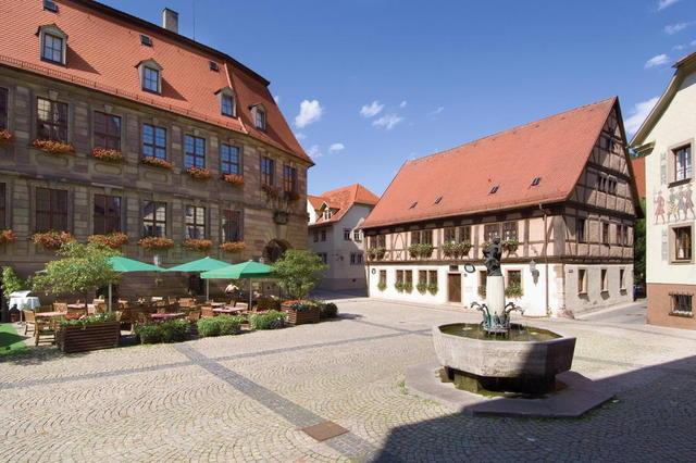Der Rathausplatz in Bad Kissingen