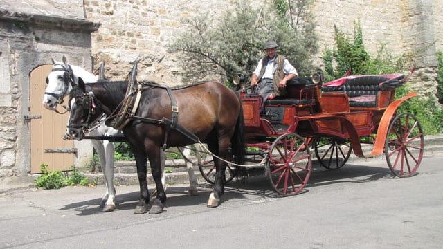Kutschen am Schrannenplatz mit Rudolf Schwäble und seinem Landauer