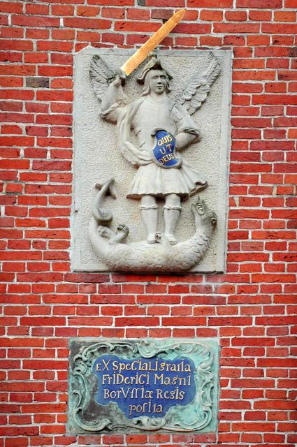 Der Heilige Michael mit dem Drachen