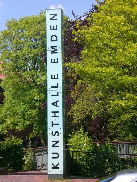Fußweg zur Kunsthalle Emden