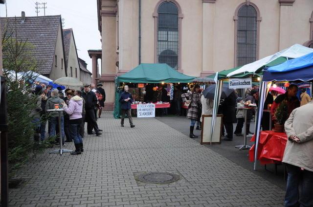Gemütlicher Weihnachtsmarkt in Seckenheim