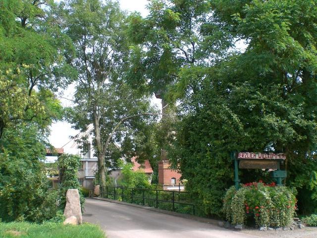 Eingang zum Winzergut Wiesenmühle