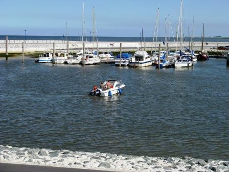Yachthafen von Neuharlingersiel