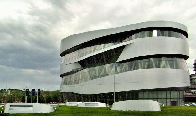 Das Mercedes Benz Museum in Untertürkheim