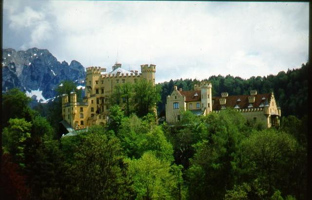 Schloss Hohenschwangau im Frühling